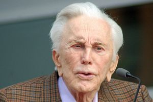 Kirk Douglas, fot.  Angela George, CC BY-SA 3.0, Wikimedia Commons