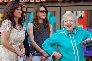 Hot In Cleveland Cast, fot. Angela George, CC BY-SA 3.0, Wikimedia Commons