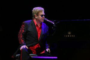 Elton John, fot. Mustafa Doğan Özçelik, CC BY-SA 4.0, Wikimedia Commons
